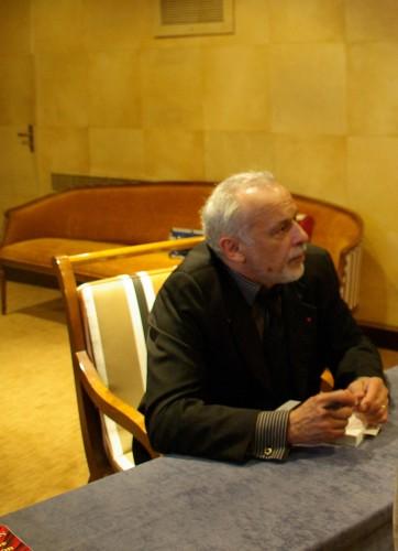 Francis Perrin